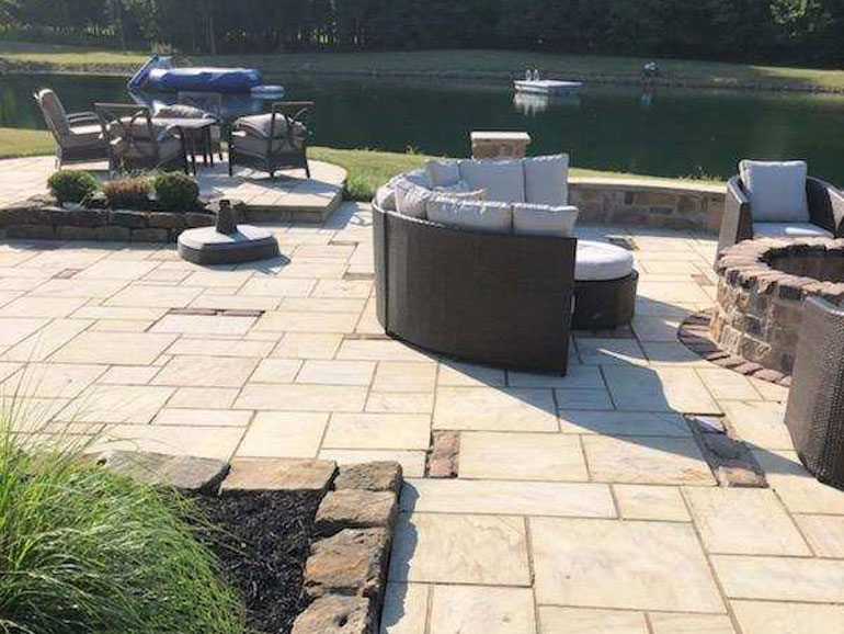 Cobble Stone Granite Pavers
