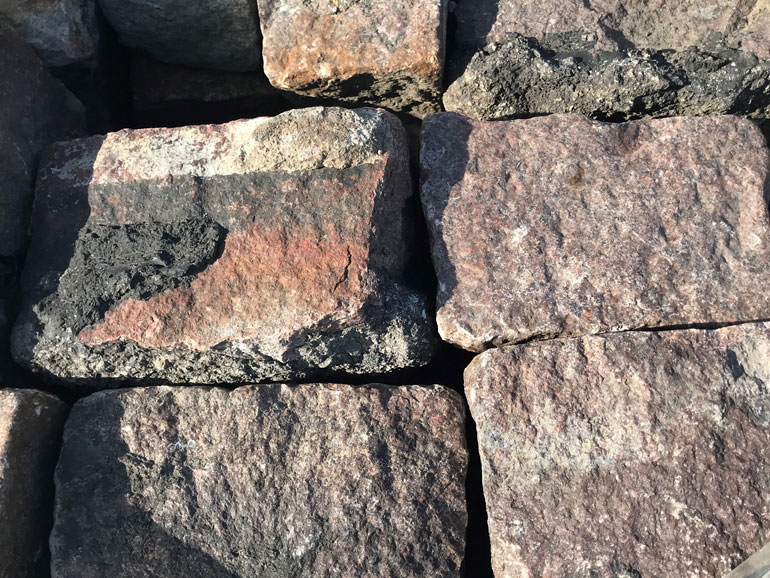 Cobble Stone Granite Pavers - Your Source For Tree Trunk Slices