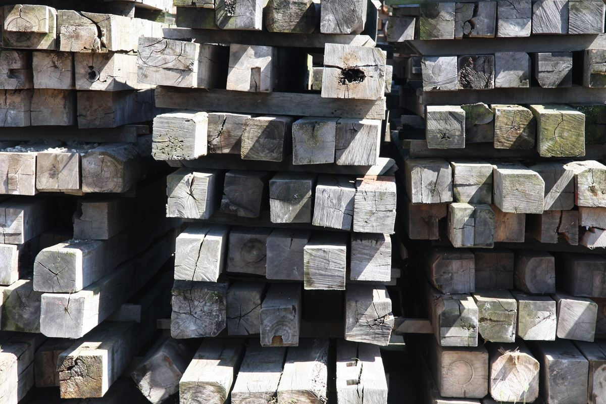 Triple B Enterprises The Reclaimed Timber Company Reclaimed Timber Company - Your Source For Live Edge Slabs / Boards